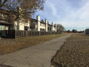 #4 17409 95 ST NW, EDMONTON AB, T5Z 2A9, 3 Bedrooms Bedrooms, ,2 BathroomsBathrooms,Town House,Recently Rented,95,1013