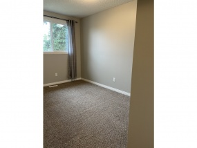 1235 HOOKE RD NW, EDMONTON AB, T5A 4A5, 3 Bedrooms Bedrooms, ,1.5 BathroomsBathrooms,Town House,Available,HOOKE,1023