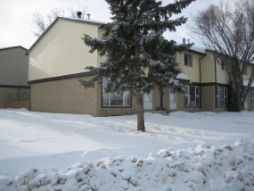 3205 142 AVE NW, EDMONTON AB, T5Y 1H9, 3 Bedrooms Bedrooms, ,2 BathroomsBathrooms,Town House,Available,142,1026