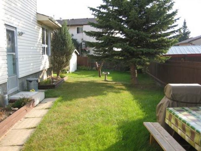 10327 172 AVE NW, EDMONTON AB, T5X 5C2, 3 Bedrooms Bedrooms, ,1.5 BathroomsBathrooms,Town House,Recently Rented,172,1006